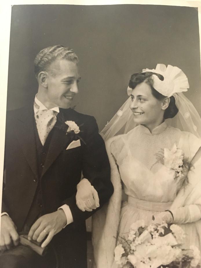 Hendrica Beets-Molhoek trouwde in 1955 met haar Jan. Voor zijn dood konden ze het 60-jarig huwelijk nog vieren.