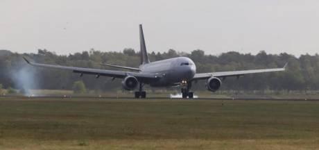 Airbus A330 landt op Twente Airport: teller staat op elf