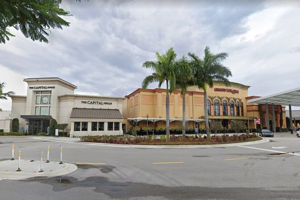 Het winkelcentrum