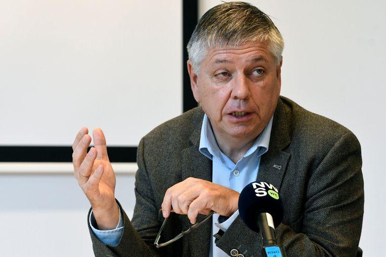 Jo Vandeurzen kwam in het oog van de storm terecht nadat bleek dat hij bij zijn vertrek nog 391.000 euro zou opstrijken.