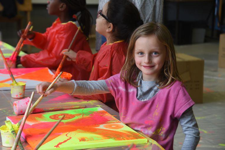 Gertrudis basisschool kleurt fluo met Caz'n.