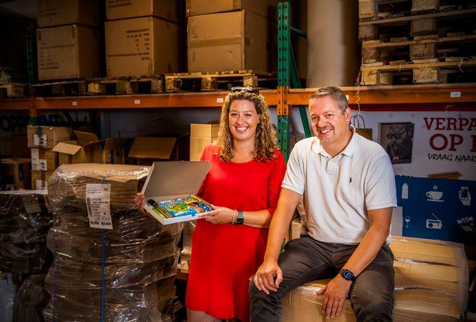 Lisa en William Schildwacht van het Rotterdamse ZaaKado, dat zes jaar geleden ontstond en zich inmiddels heeft genesteld in de Nederlandse top tien op het gebied van relatiegeschenken.