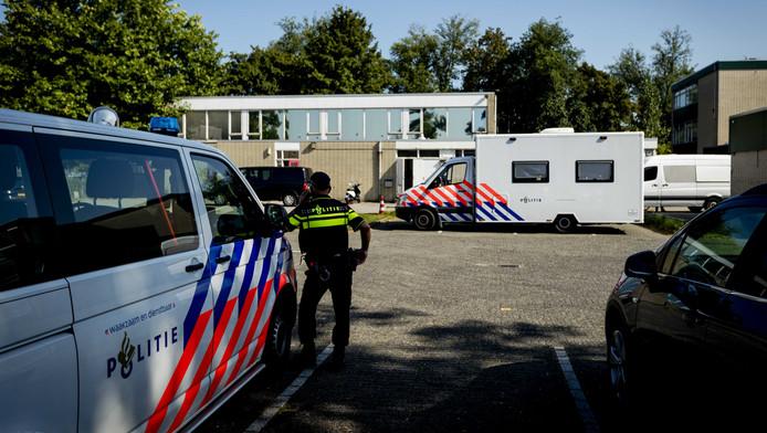 De FIOD deed een Inval bij de moskee Al Fitrah in Utrecht.