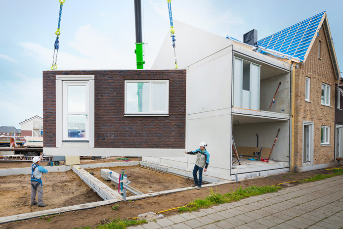 VolkerWessels bouwde inmiddels als 2000 prefab huizen volgens het concept MorgenWonen.