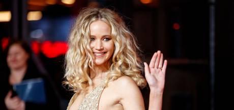 Bezoek aan rechtbank wakkert geruchten over huwelijk Jennifer Lawrence aan