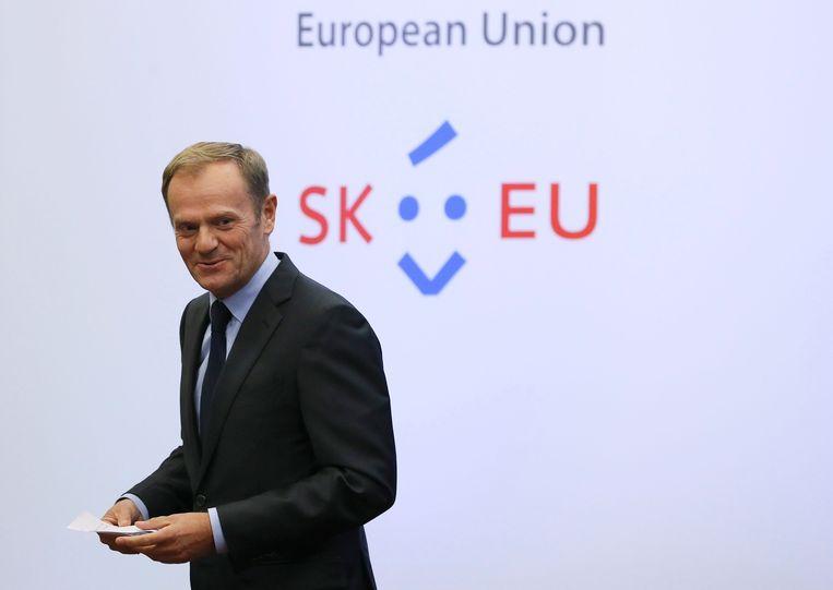 Donald Tusk, de Europese president, ontvangt Donald Trump in het Europagebouw in Brussel.
