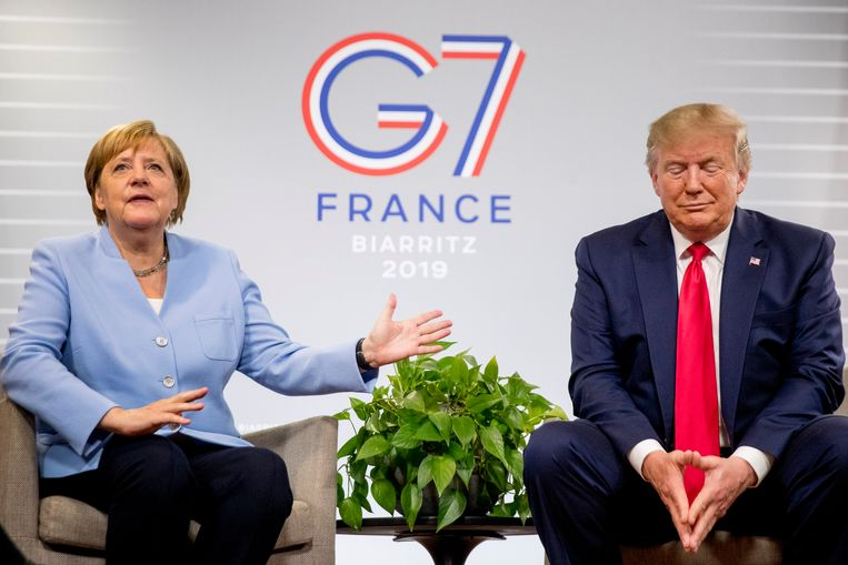 Angela Merkel samen met Donald Trump op de G7 in Biarritz.