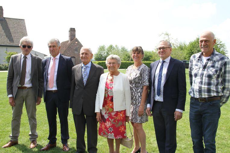 Albert en Irene met de zonen Lionel, Arnold, Patrik en Frank en dochter Ria