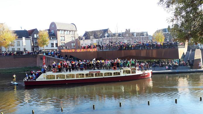 De aankomst van SInterklaas op het Sint-Jansbolwerk.
