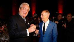 IN BEELD. Vrienden, collega's én prins Laurent zetten jarige Helmut Lotti in de bloemetjes