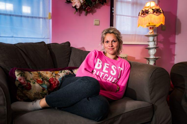 Sarah Cornelis kreeg tijdens het wandelen een epileptische aanval en werd door voorbijgangers geholpen.