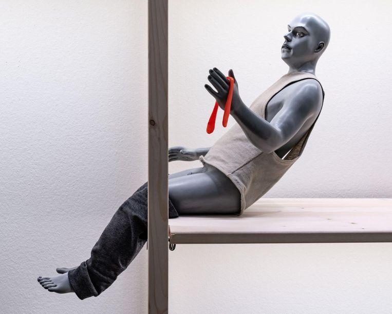 Details uit de installatie The Institute of Ongoing Things van Uri Katzenstein Beeld Joods Cultureel Kwartier