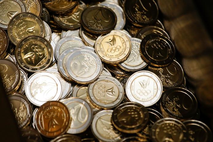 De Roemeen gebruikte telkens een muntstuk van 2 euro.