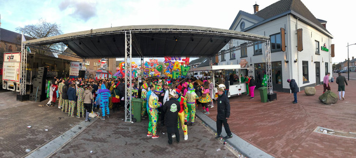 Het Pleinfestijn van 2019, over de volle breedte van de Pastoor van Winkelstraat.