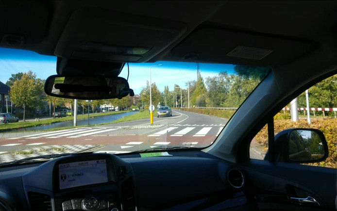 Sandra reed gisteren terug naar de plek van het ongeluk om een foto te maken.