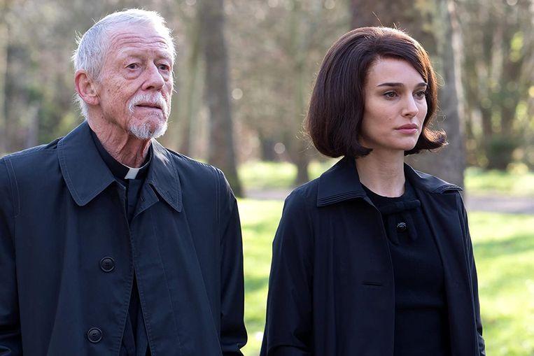 John Hurt en Natalie Portman in Jackie van Pablo Larraín. Beeld