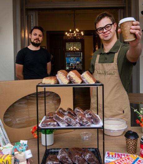 Kanjers als Cas uit Ermelo gaan ook in deze tijd 'gewoon' aan de bak bij Brownies&downieS in Apeldoorn