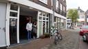 Marian van Gurp van eetsalon de Struyck samen met haar man Cyriel Havermans in het nieuwe onderkomen aan het Monseigneur Nolensplein in wijk Heuvel.