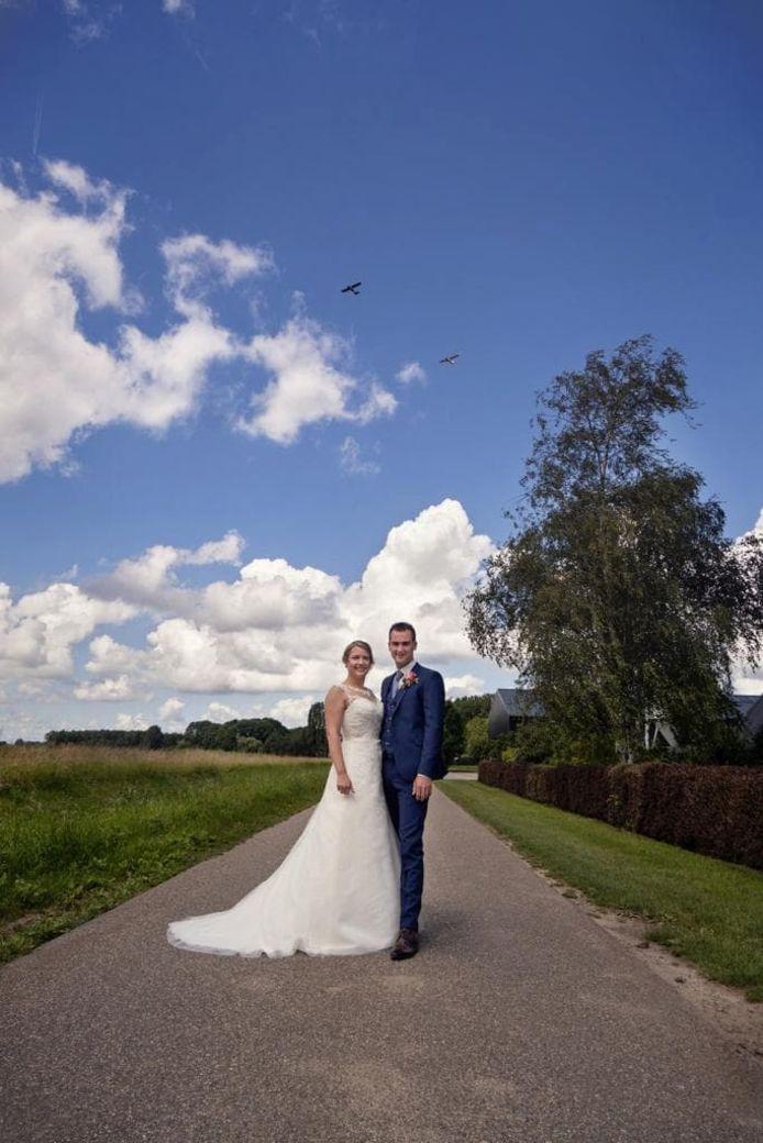 Bruiloft Oudenmolen met vliegtuigen die even later botsten boven Willemstad