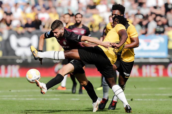 Na verlies van Excelsior (0-2) is ook directe concurrent Fortuna Sittard in de eerste seizoenshelft te sterk (2-3). Beide keren gaat NAC in eigen huis onderuit.