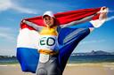 Marit Bouwmeester straalt na het winnen van haar race op de Olympische Spelen in Rio de Janeiro.