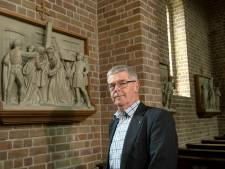Elstenaar Herman Schimmel stelt boek samen over Betuwse kruiswegstaties