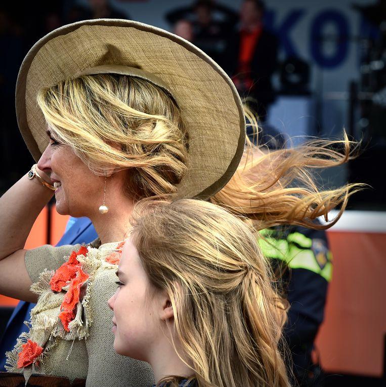 Koningin Máxima met dochter Ariane. Beeld Marcel van den Bergh / de Volkskrant