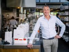 Eerst een brand en toen corona, maar eigenaar Hans van restaurant Vroeg blijft positief: 'Het glas is altijd half vol'