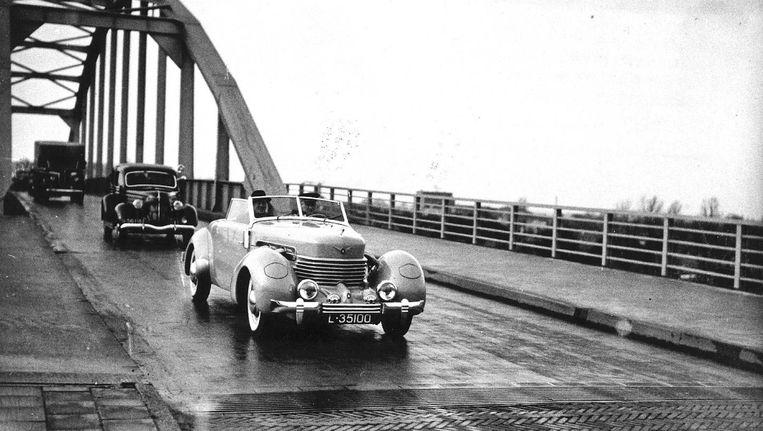De brug naar Weesp in 1936 Beeld ANP