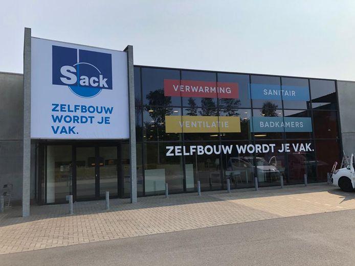 De nieuwe winkel langs de N9 in Maldegem.