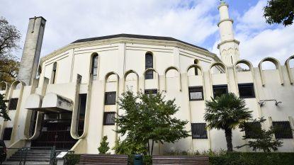Dewael vraagt Brussels burgemeester Close duidelijkheid over sluiting Grote Moskee