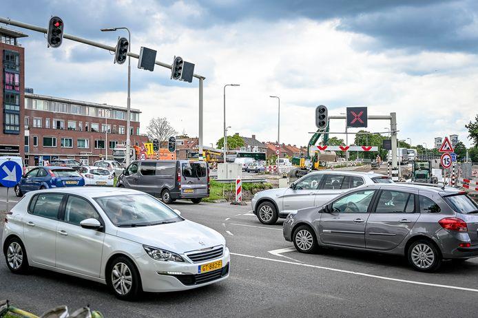 Grote werkzaamheden op en rond de grote kruising in Krimpen aan den IJssel.
