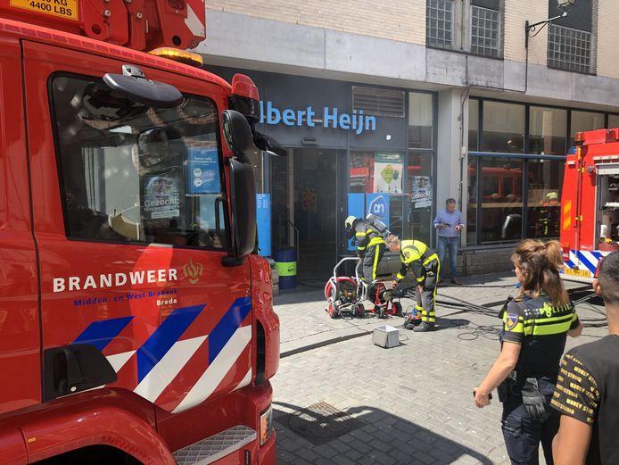 Brand bij de Albert Heijn in de Nieuwstraat in Breda.