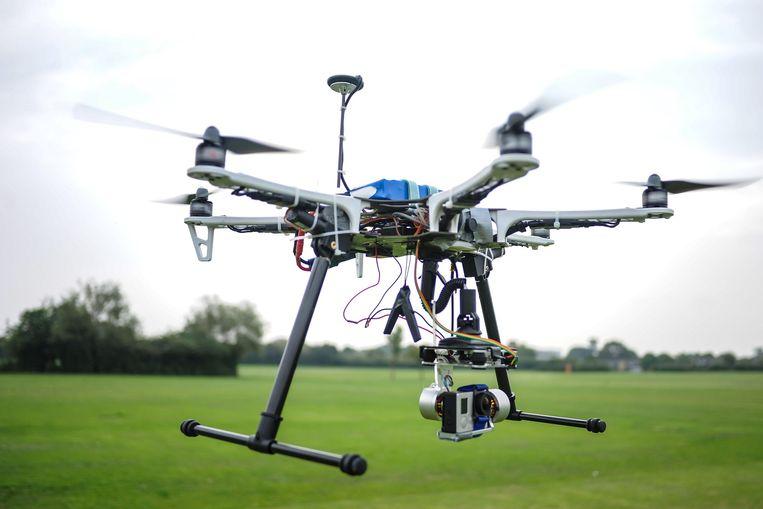 Hoogleraar Heskes denkt dat drones de 'kalasjnikovs van de toekomst' kunnen worden. Beeld HH