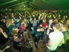 Nieuwjaarsparty in de Hoeve: van carbid knallend clubje naar feest met 1200 man