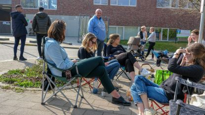 Gedaan met kamperen voor de schoolpoorten in Hoeilaart
