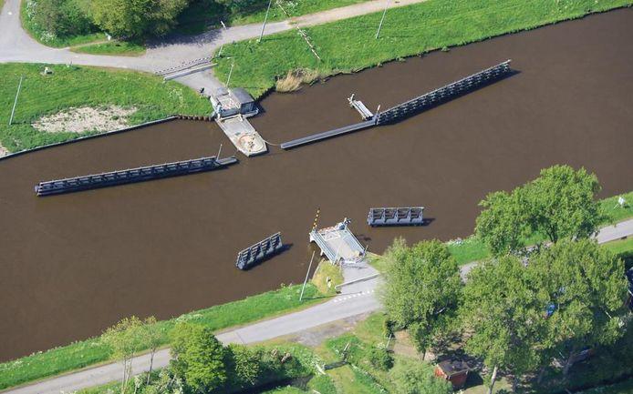De restanten van de verdwenen Paddepoelsterbrug zijn in september verwijderd.