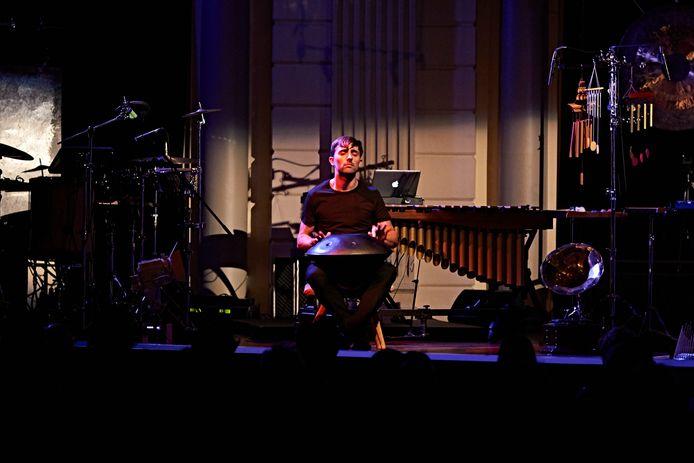 Dominique Vleeshouwers speelt zondag de Canto van Ten Holt in DomusDela.