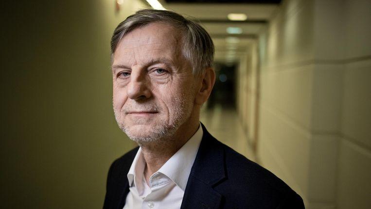Socioloog Andrzej Zybertowicz werkt als veiligheidsadviseur voor president Andrzej Duda. Beeld Piotr Malecki