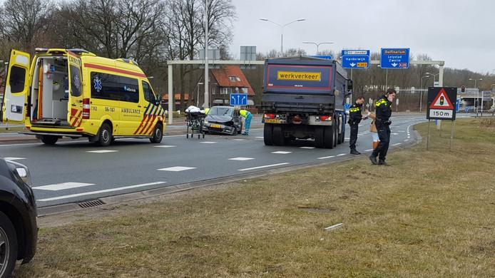 Hulpverleners in actie voor de automobilist.