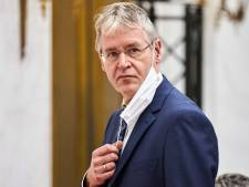 Minister Slob vindt anti-homoverklaring scholen 'een brug te ver', OM onderzoekt uitlatingen bewindsman