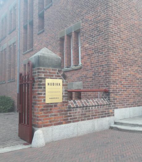 Informatiebord Krophollerpand komt terug: 'Natuurlijk, de gemeente hecht veel waarde aan het voormalige stadhuis'