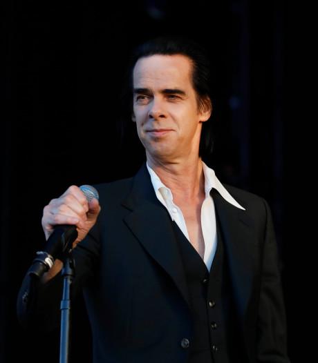 Nick Cave gaat in gesprek met publiek tijdens concert in TivoliVredenburg