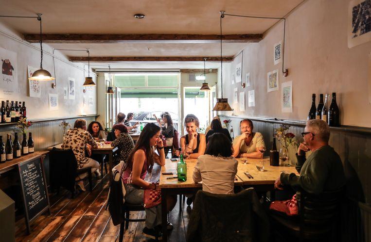 Restaurant Ô Bistro aan de Lindengracht. Beeld Eva Plevier