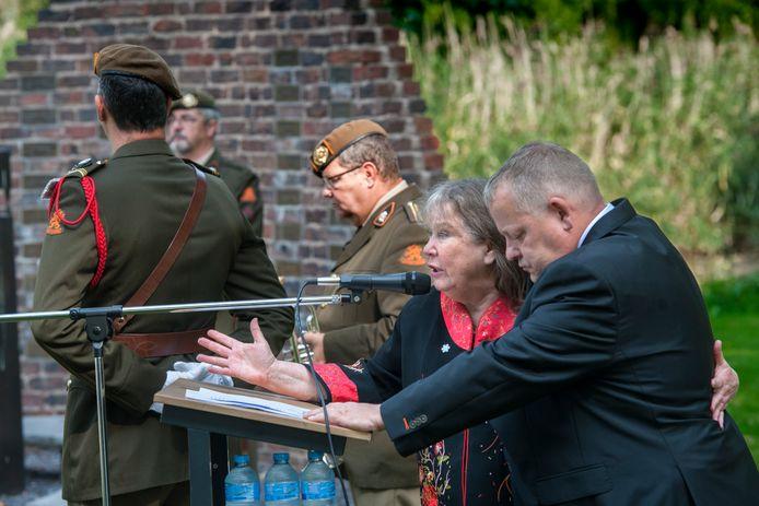 De herdenking in 2017 met Wieteke van Dort.