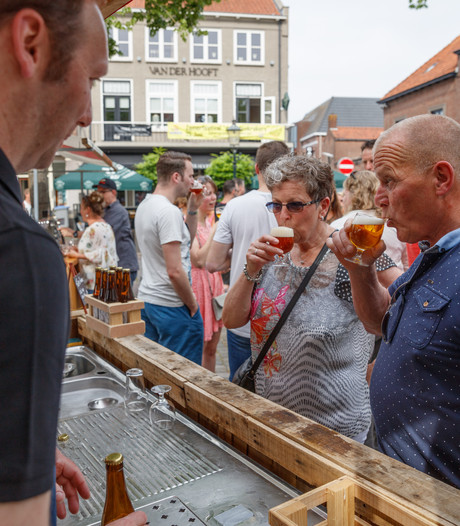 Het bier smaakte goed in zonnig Zevenbergen