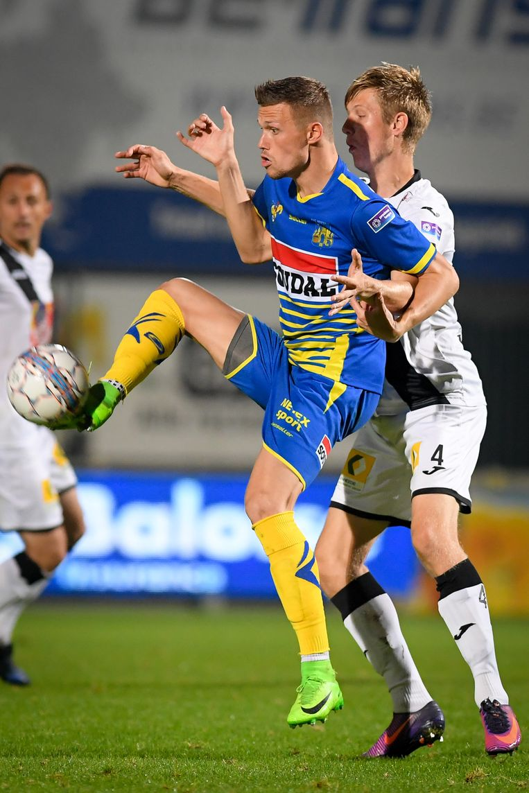 Kjetil Borry in de rug van Jens Naessens.