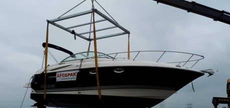 Witwasser 'uitgekleed' in Raamsdonksveer: boot, jetski en auto in beslag genomen