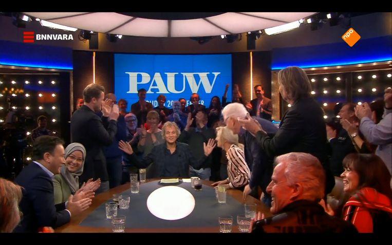 Pauw grapt: 'U bent live aanwezig bij een begrafenis'. Beeld