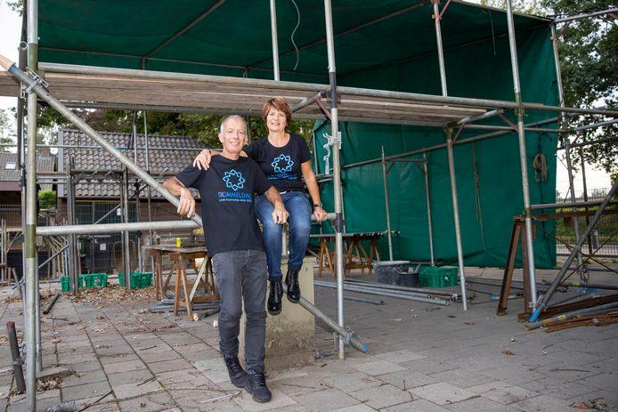 Ad en Sandra van der Palen zijn bijna het hele jaar bezig met het corso. Maar nu even niet.